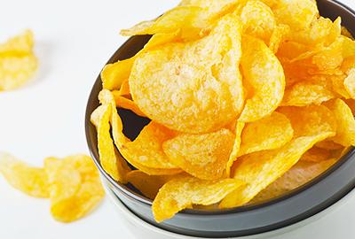 zeleninové zemiakové čipsy