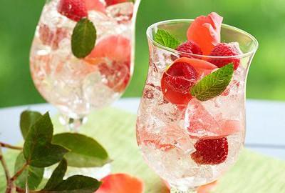 letný nápoj